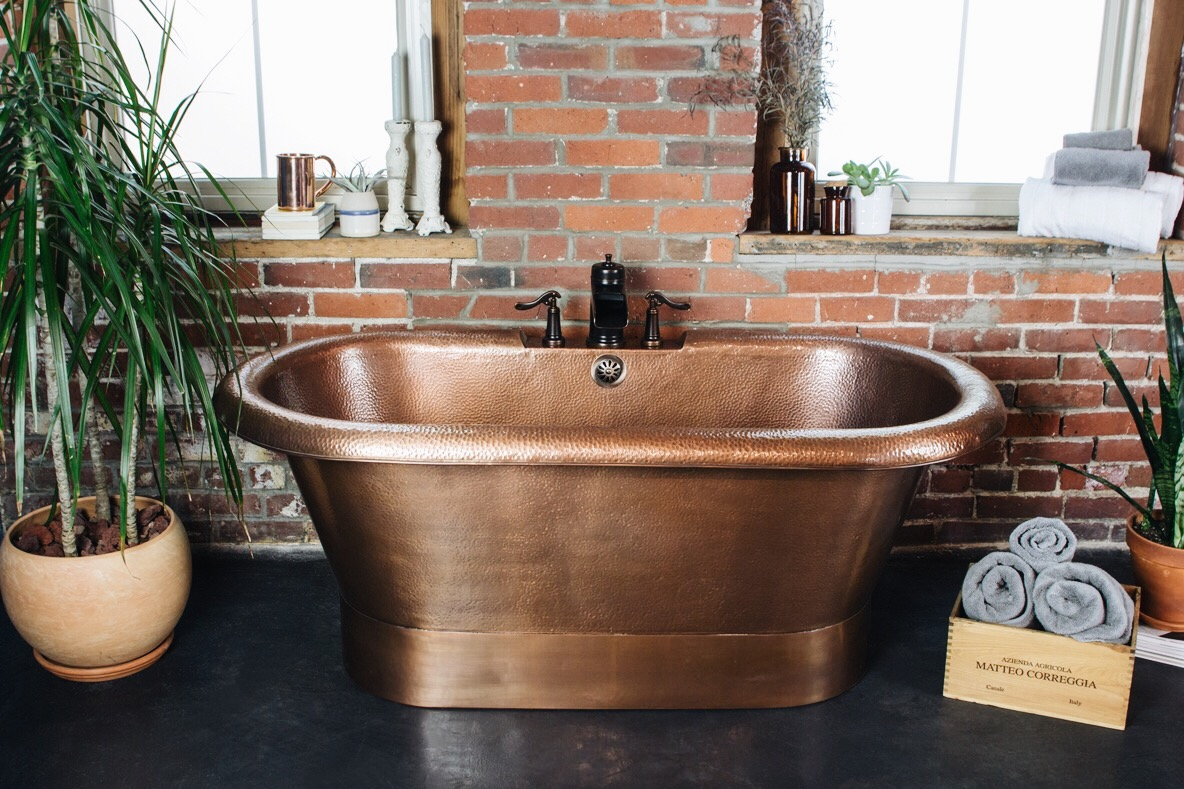Attirant For Smaller Bathrooms Or Bathrooms With Minimal Room For Tub, We Designed  The Thales Copper Bathtub. This Single Person Freestanding Copper Tub Is  Built To ...