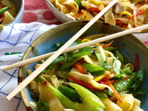 Belt Noodles with Chili Oil & Stir Fry Veggies