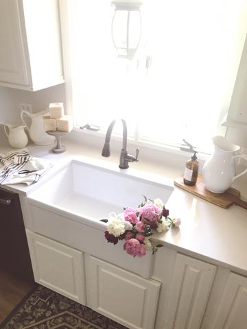 Kitchen-reveal-renovation-fireclay-farmhouse
