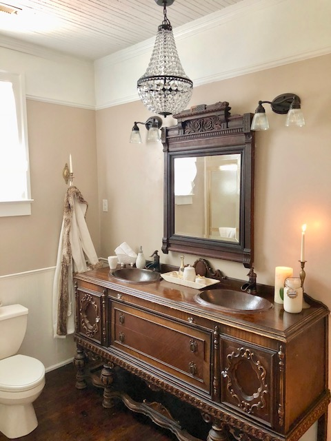 antique-diy-vanity
