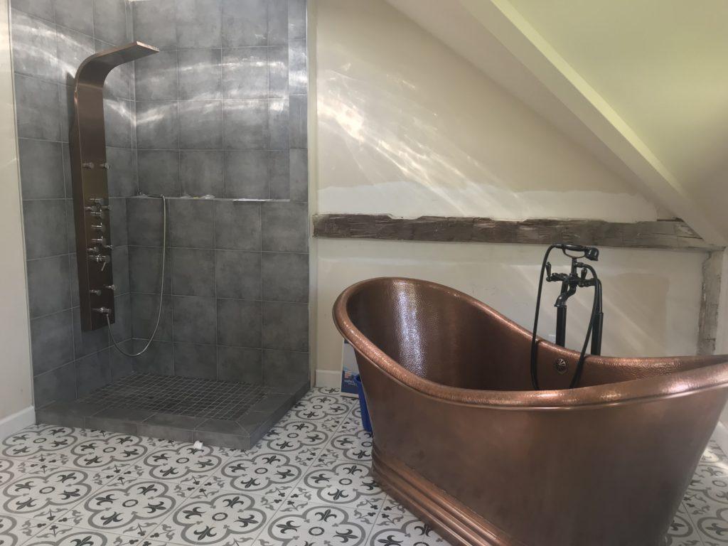 modern-farmhouse-freestanding-copper-tub