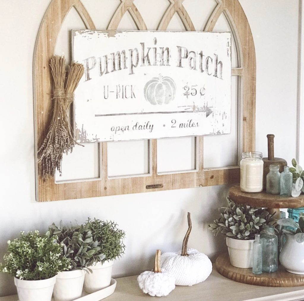 Farmhouse fall decor