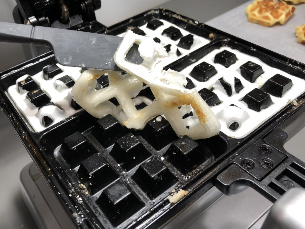 Cleaning waffle maker