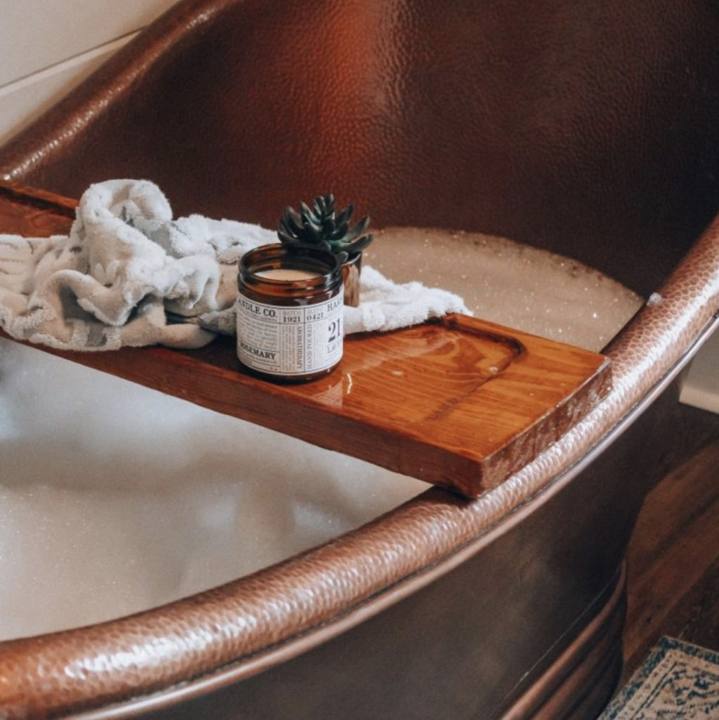 bath tub tray with candle