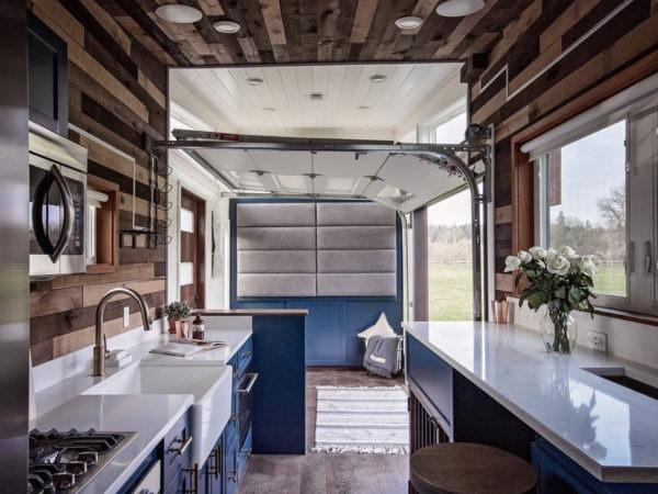 tiny-kitchen