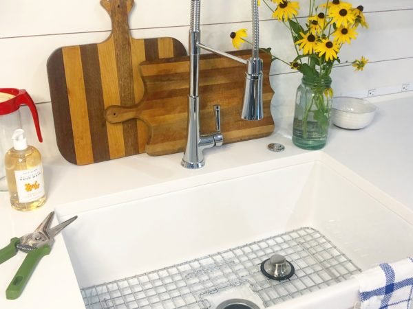 The Perfect Addition to My Kitchen: Bradstreet II Fireclay Farmhouse Sink