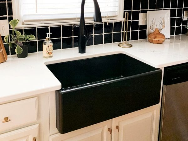 gloss black farmhouse fireclay sink