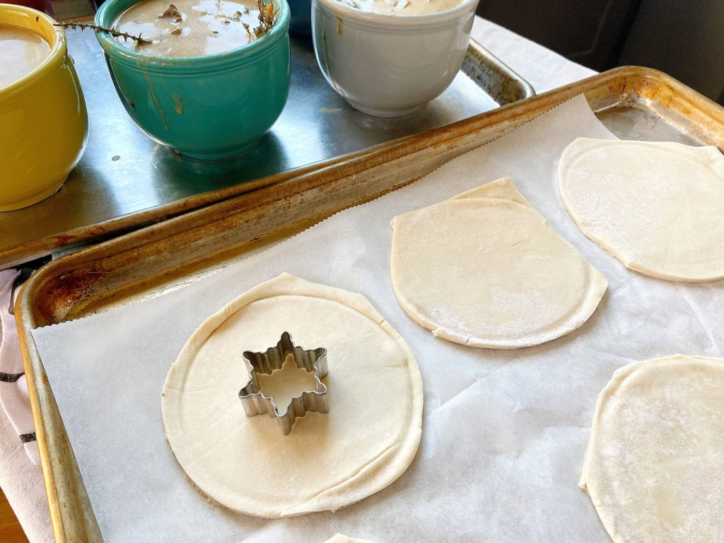 puff pastry crusts cut out
