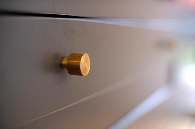 bathroom knob